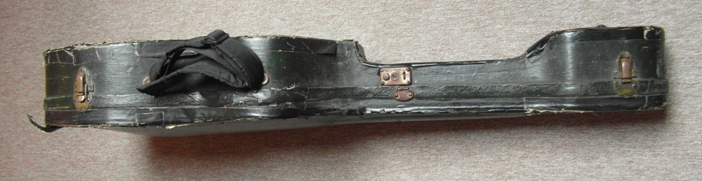 1935 De Luxe 9578  case02
