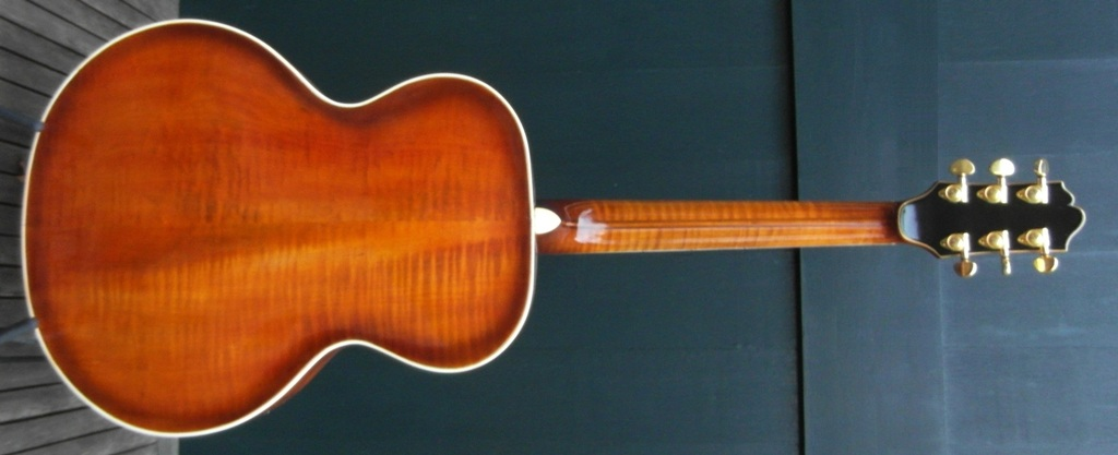 Deluxe 6254 back maple carved01